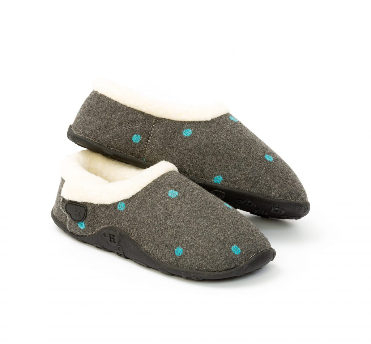 Delphine-Grey-with-blue-spot-02-e1565014937100.jpg